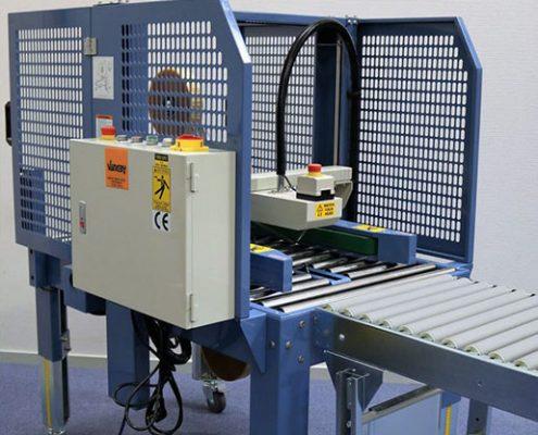 Tapemaskine med automatisk højdeindstilling