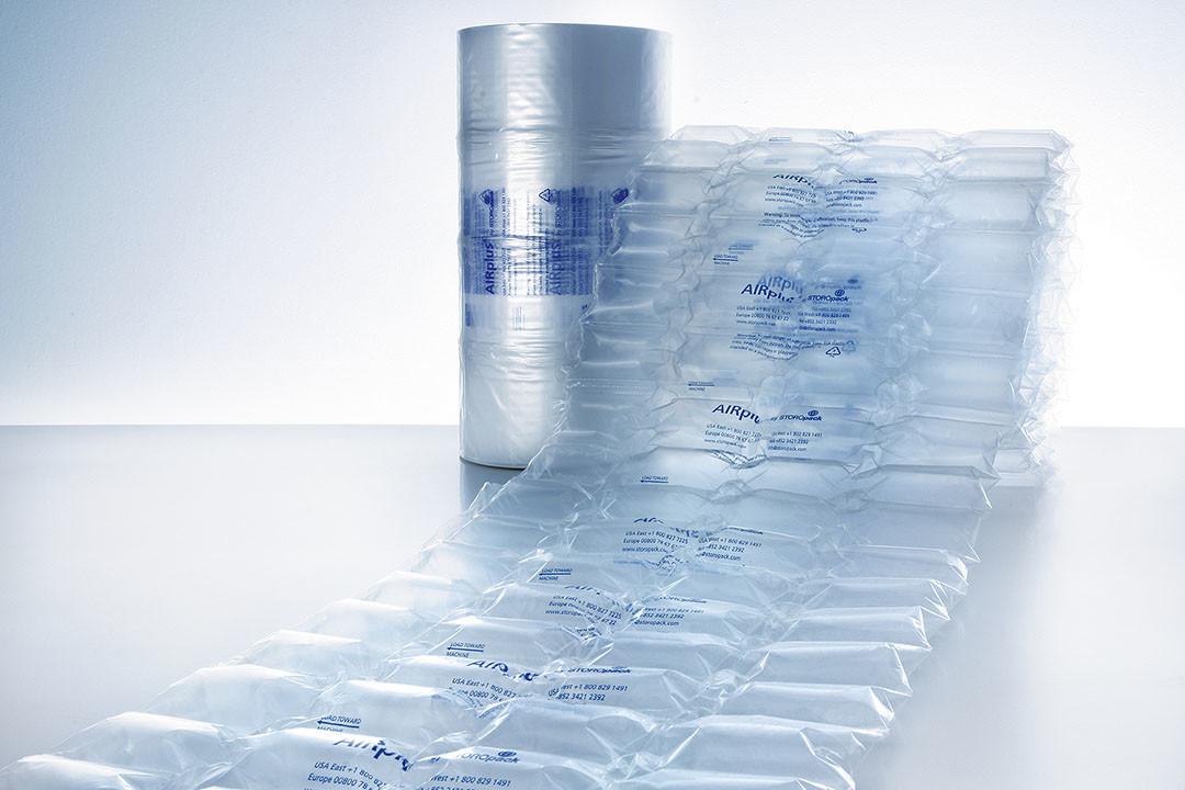 Luftpuder med tryk anvemdes som kassefyld til lette produkter